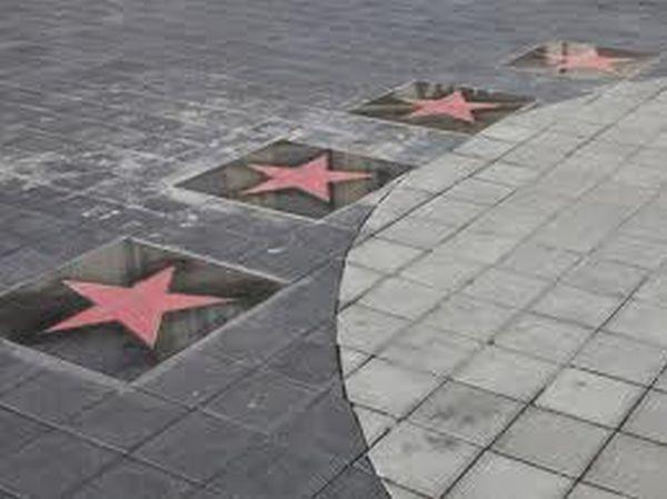 Mai mulți artiști renumiți vor primi post-mortem stele pe Aleea Celebrităţilor