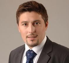 Cornel Poteraşu, reinstalat director al Aeroportului Otopeni
