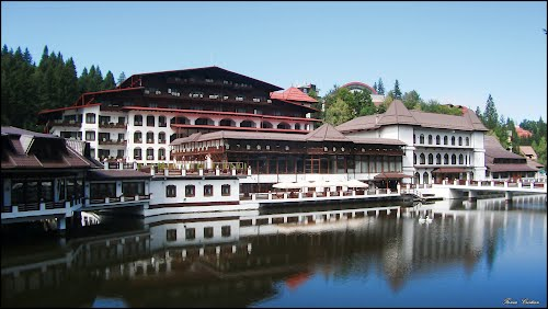 Mâncare expirată de câteva luni la un hotel de 5 stele din Brașov