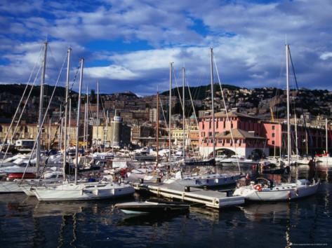 Accident în portul Genova: Trei persoane au murit după ce o navă s-a ciocnit de un turnul de control