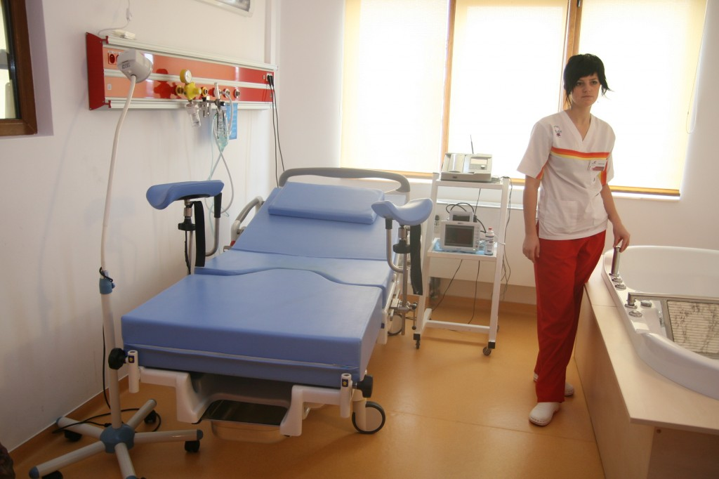 """Constanța: Consultații gratuite pentru mii de femei, printr-un proiect derulat de Spitalul """"Isis"""""""